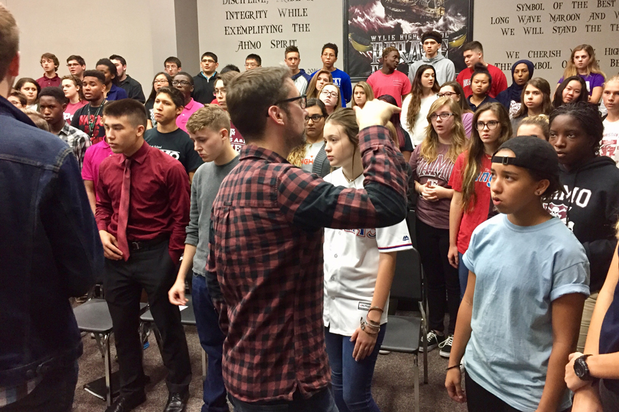 Wylie High School choir takes tips from top