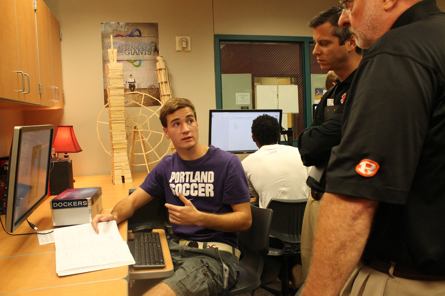 UT offers engineering overview at WHS