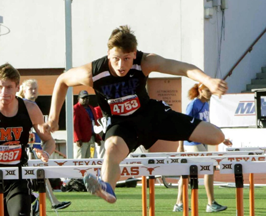 Wylie East's Young wins state 110, 300 hurdles