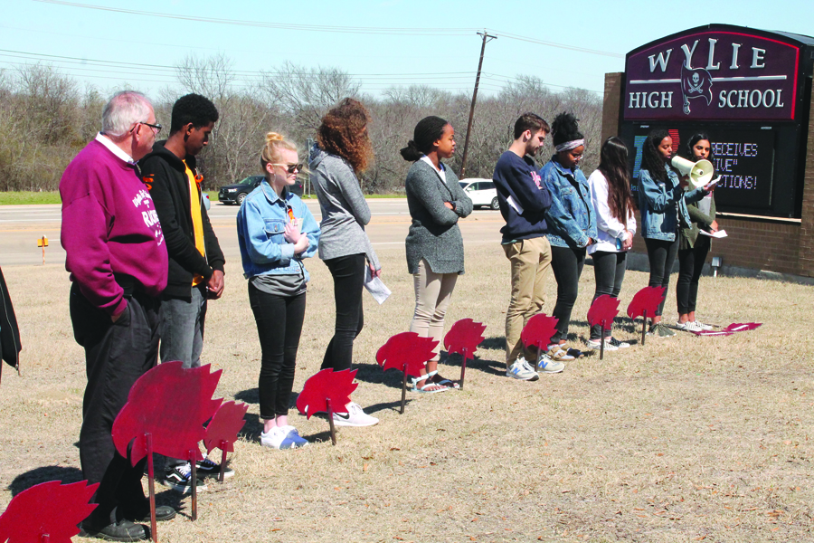Wylie students honor Parkland victims