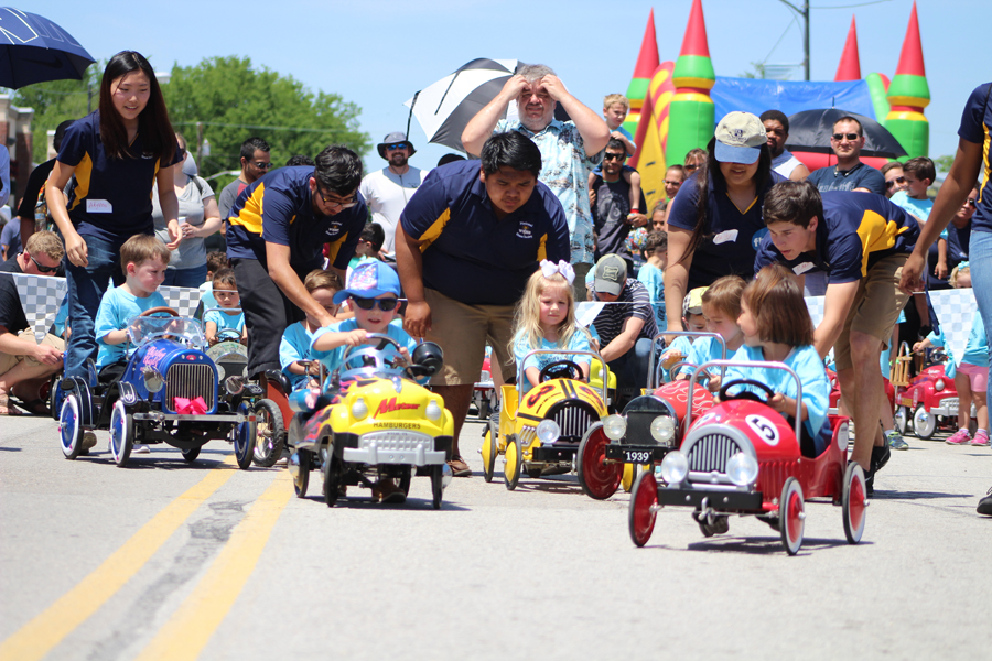 Miniature racers speed downtown