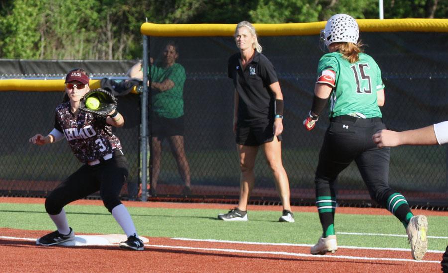 Pirates push Keller to the max in regional semis