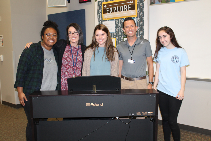 Choir program teaches more than music to WISD students