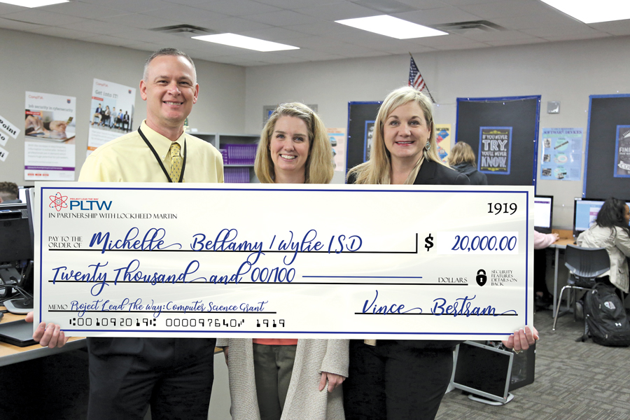 Teacher receives $20,000 grant