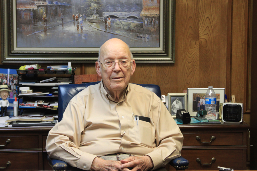 'Mr. Wylie' receives award for longtime contributions