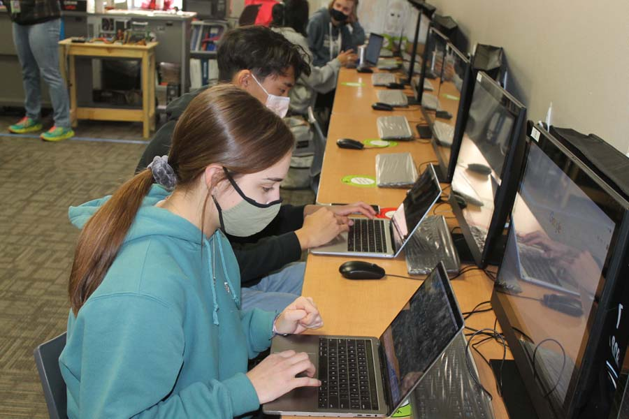 Wylie High students earn marketable skills in tech