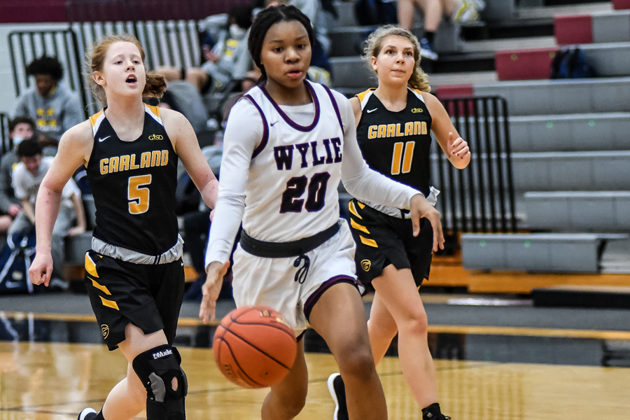 Lady Pirates dominate first district opponent; Pirates knock off rival Raiders