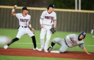 Pirates' pitching maintains winning streak in district