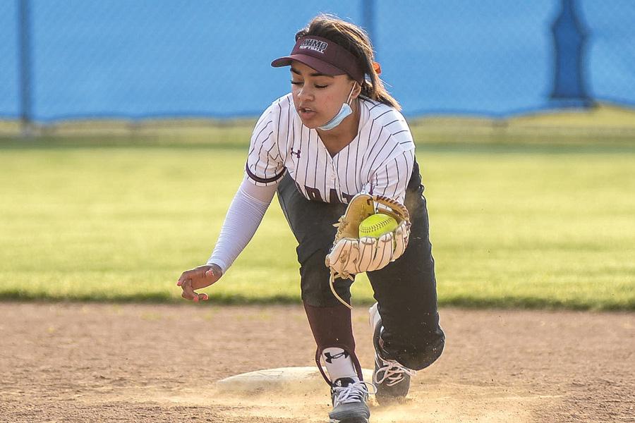 Wylie softball extends streak to 8