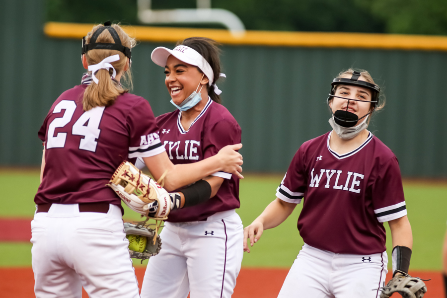 Wylie beats Horn in round one