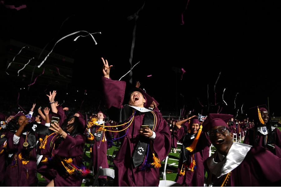 Wylie High graduates 610